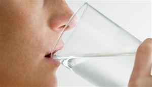 Hindari Minum Sebelum Makan
