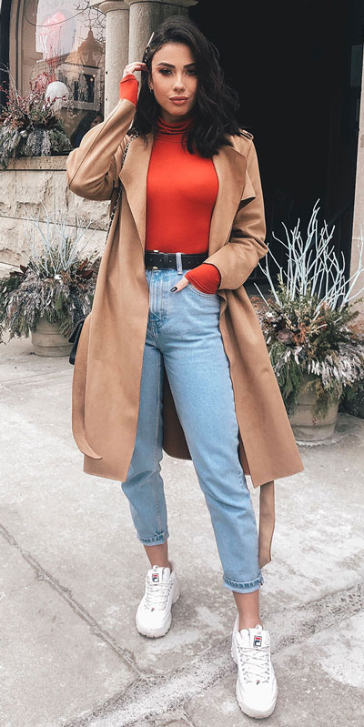 From casual outfits for family reunions to crazy trendy party outfits, we've got your back see these 24 Best Christmas Outfits You Can Shop this Holiday Season. | trench coat | #christmas #holiday #newyear #coat