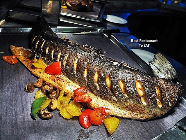Kontiki Buffet Menu - Grilled Salmon