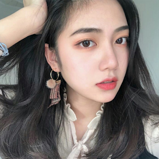 Foto Perempuan Cantik Untuk Foto Profil