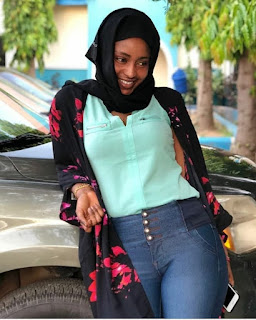 Hausa Music :::   Salisu yaro mai waka baba amenu
