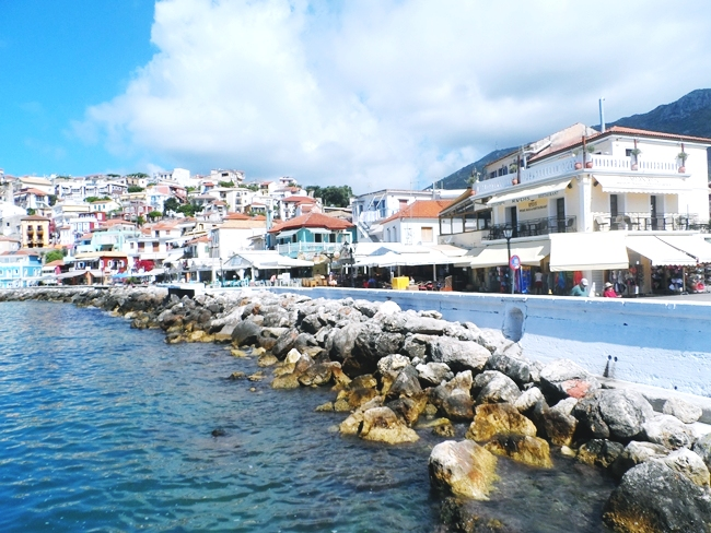 Parga, coastal town and greek resort in the bay of Ionian sea.Parga grcko letovaliste na obali Jonskog mora.Parga travel guide.Parga photos.Parga port.Parga luka.