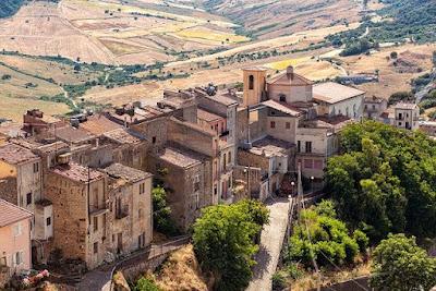 منطقة إيطالية تبحث عن سكان جدد مقابل 28.000 يورو