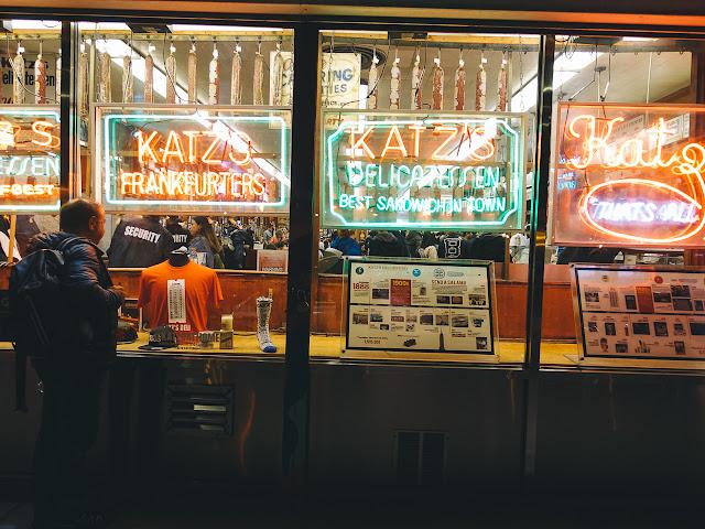 カッツ・デリカテッセン(Katz's Delicatessen)