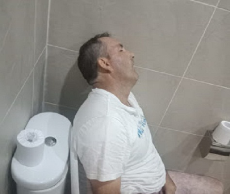 Australian Tourists Found Dead in Toilet