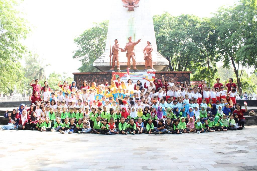 Kegiatan Bersama Gugus PAUD VII Manggis dalam Rangka Memperingati Hari Pahlawan