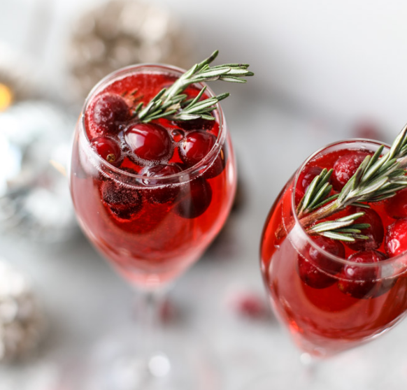 CHRISTMAS MORNING MIMOSAS  #drink #christmas #party #sangria #cocktail