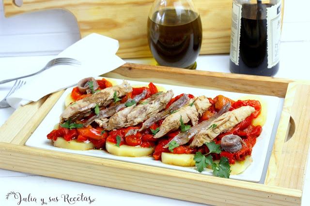 Ensalada de pimientos con ventresca y anchoas. Julia y sus recetas
