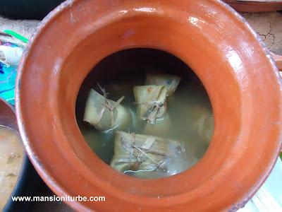 Cocina Tradicional Mexicana: Tamales de Pescado en la Región del Lago de Pátzcuaro