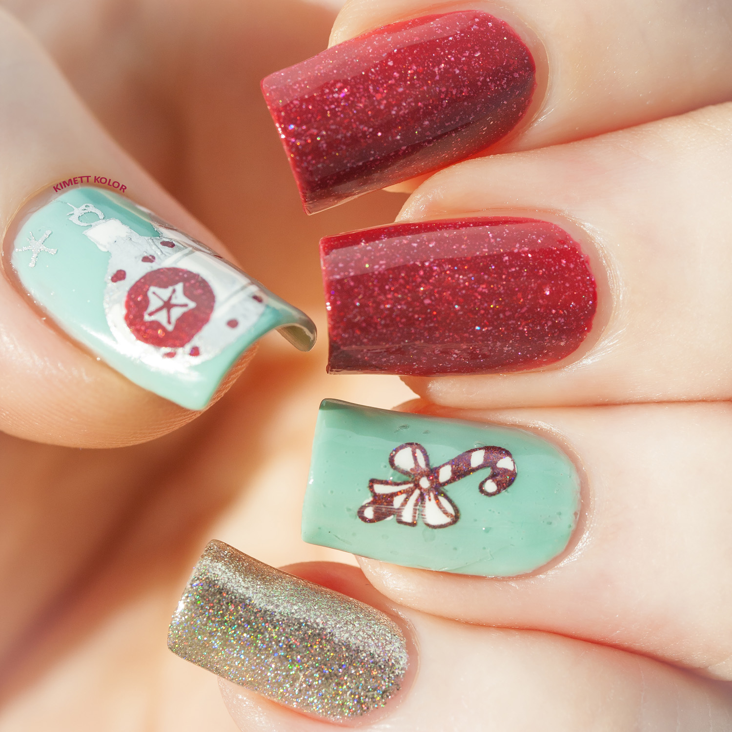 KimettKolor Vintage Christmas Nails