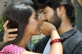 Pooja Jhaveri romancing Vijay Devarakonda in movie Dwaraka (12).jpg