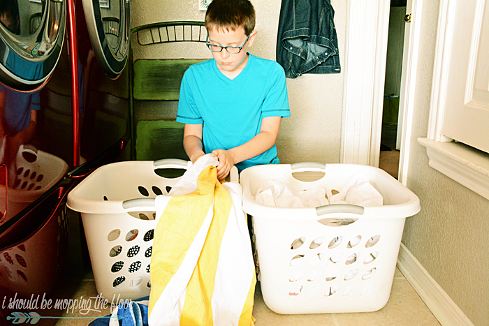 Teaching Kids To Do Laundry (so the clothes actually get clean)!