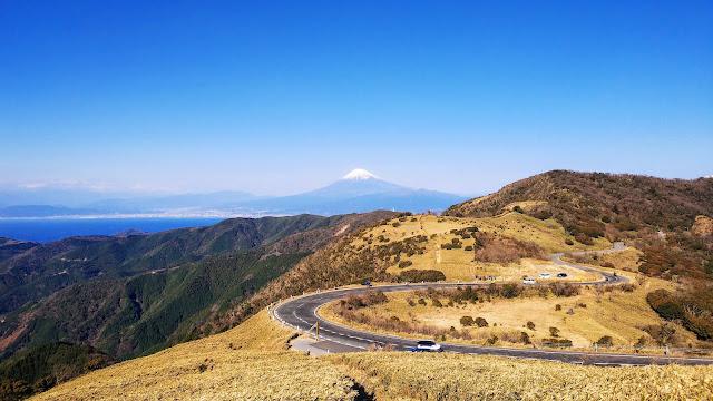修善寺から戸田峠に上り西伊豆スカイラインを通って仁科峠へ。湯ヶ島に下りて下田街道で天城トンネルを抜けて河津まで走るサイクリングコース