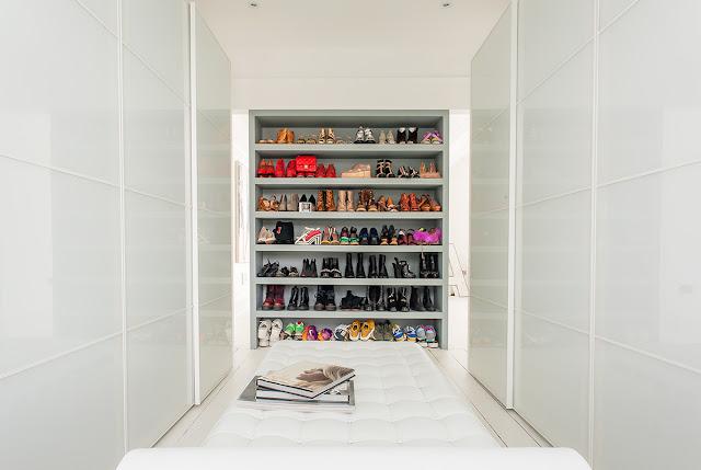 Walk-in wardrobe dressing room inspiration
