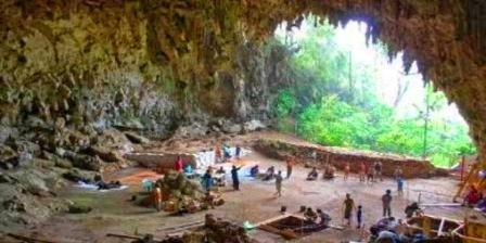 Gua Liang Bua gua liang bua ntt gua liang bua di ntt sejarah gua liang bua letak gua liang bua pengertian gua liang bua manusia gua liang bua