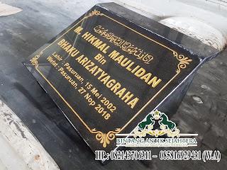 Nisan Kuburan Minimalis