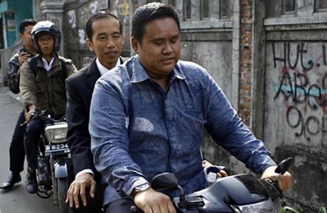 Presiden Jokowi Diminta Bentuk Tim Investigasi Kasus Novel Baswedan