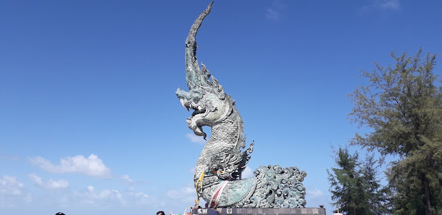 Dragon Sculpture @ Chalatat Beach