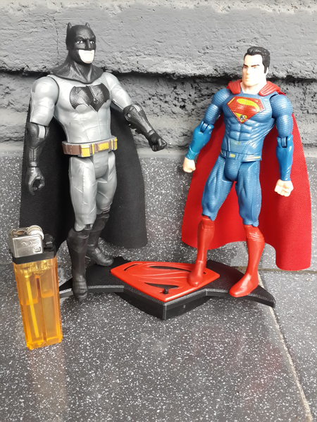 Jual Figure Batman vs Superman Dark of Justice