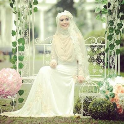 gaun pengantin syar'i modern
