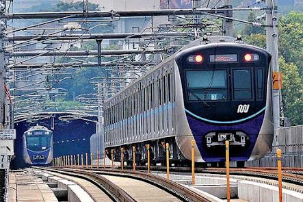 MRT Jakarta Kembali Beroperasi