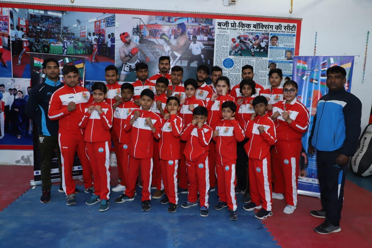 तालकटोरा इंडोर स्टेडियम में अंतर्राष्ट्रीय किकबॉक्सिंग मैं  12 देशों के 1000  खिलाडी  भाग लेंगे
