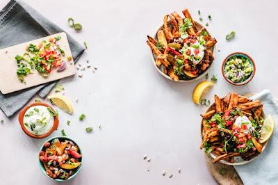 foto makanan di atas meja untuk shutter stock