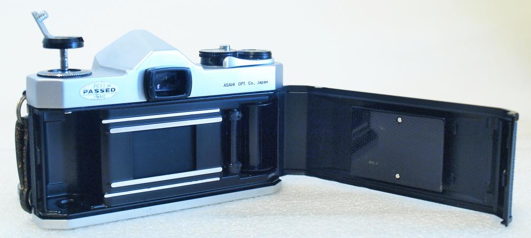 Asahi Pentax Spotmatic SP (Chrome) body #166, Super Takumar 55mm 1:1.8 #157
