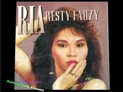 download Lagu Ria Resty Fauzy - Cintaku Sedalam Lautan Atlantik