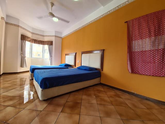 2 katil super single yang terdapat di Homestay Ehsan Water Park