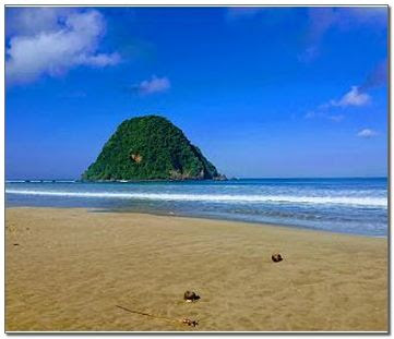 Gambar Pantai Pulau Merah Banyuwangi