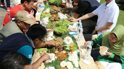 3 Alasan Kenapa Makan-makan Setelah Gelar Acara