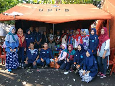 UKM KSR-PMI Unit 127 Distribusikan Bantuan Untuk Korban Kebakaran Malengkeri