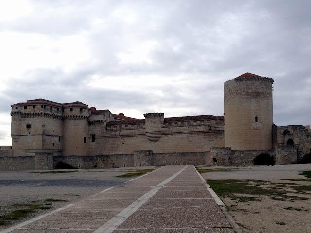 un paseo por la villa y el castillo de Cuéllar