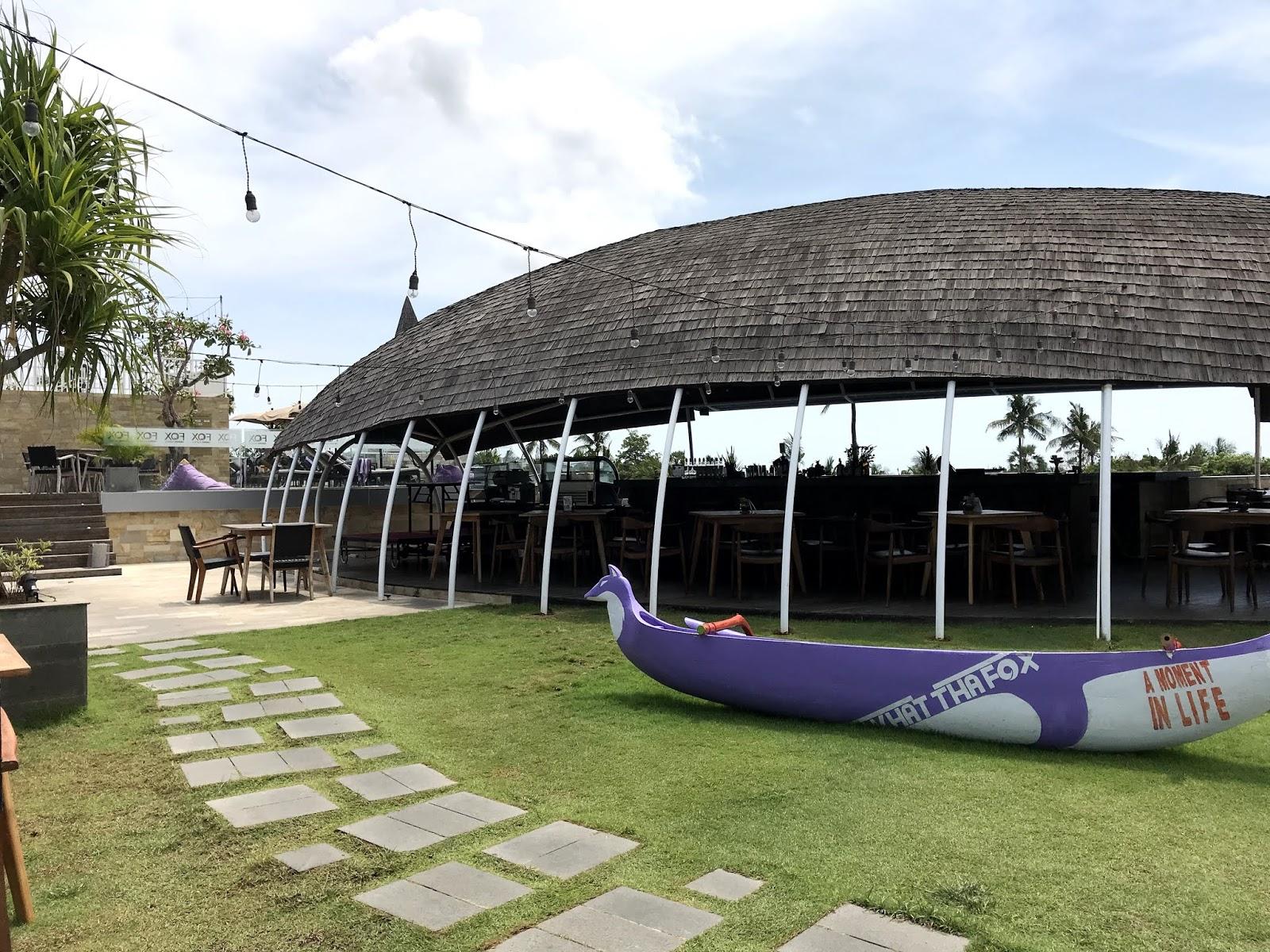 Bali-Indonesia-Fox-harris-hotel
