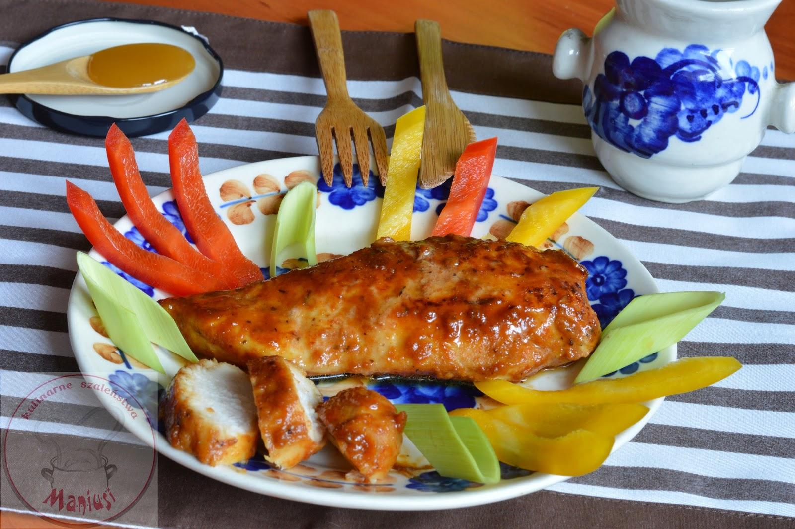 Filet z kurczaka w marynacie z miodu i sosu sojowego