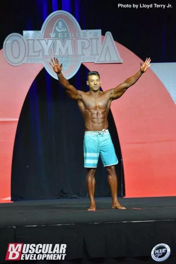 Felipe Franco ao final de sua apresentação no Mr. Olympia 2016 - Foto: Lloyd Terry Jr./Muscular Development