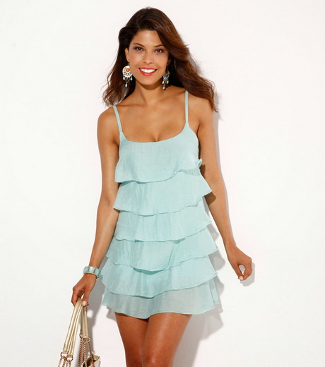 vestido de moda celeste