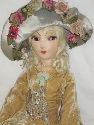 https://www.ebay.com/itm/32-French-Silk-Boudoir-doll-Antique-from-FRANCE-With-Matching-Floral-Hat/173016162418?hash=item2848912072:g:5L0AAOSw4PxaFKYE