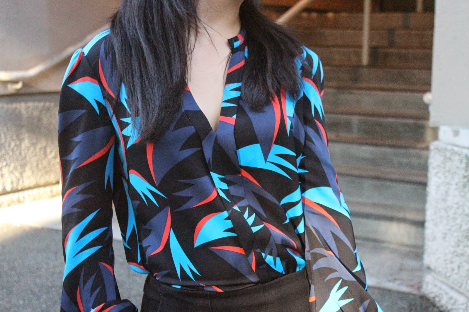 DVF Tropical Blue Silk Top Work Outfit | Will Bake for Shoes