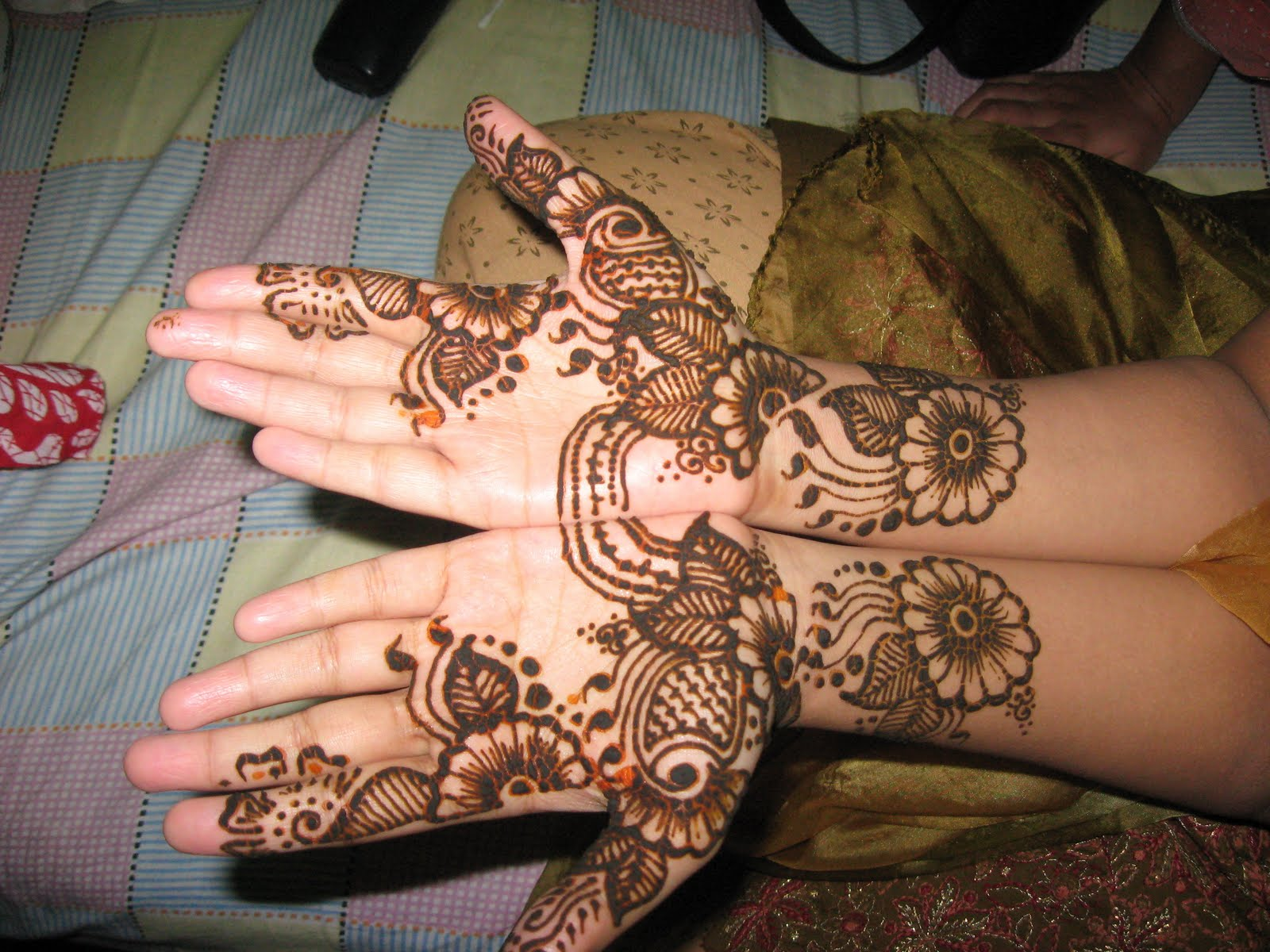 Mehndi Designs New HD Wallpaper - Wallpapers