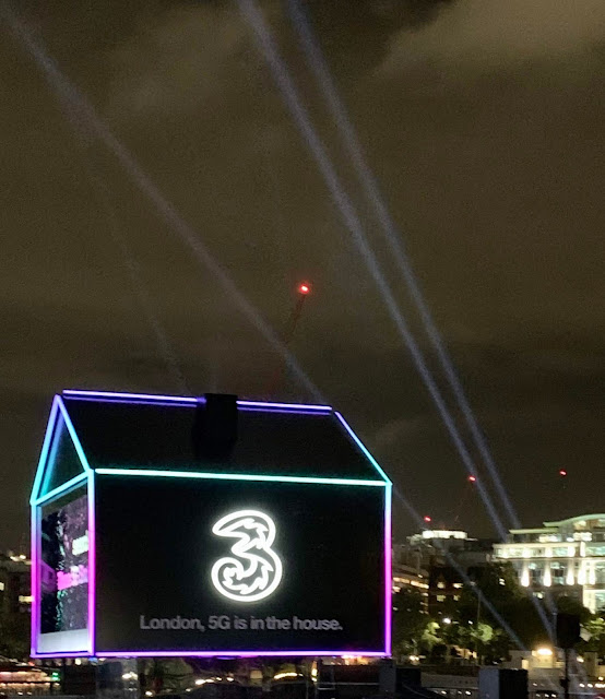 ThreeUK 5G Home Broadband installation on London's Southbank