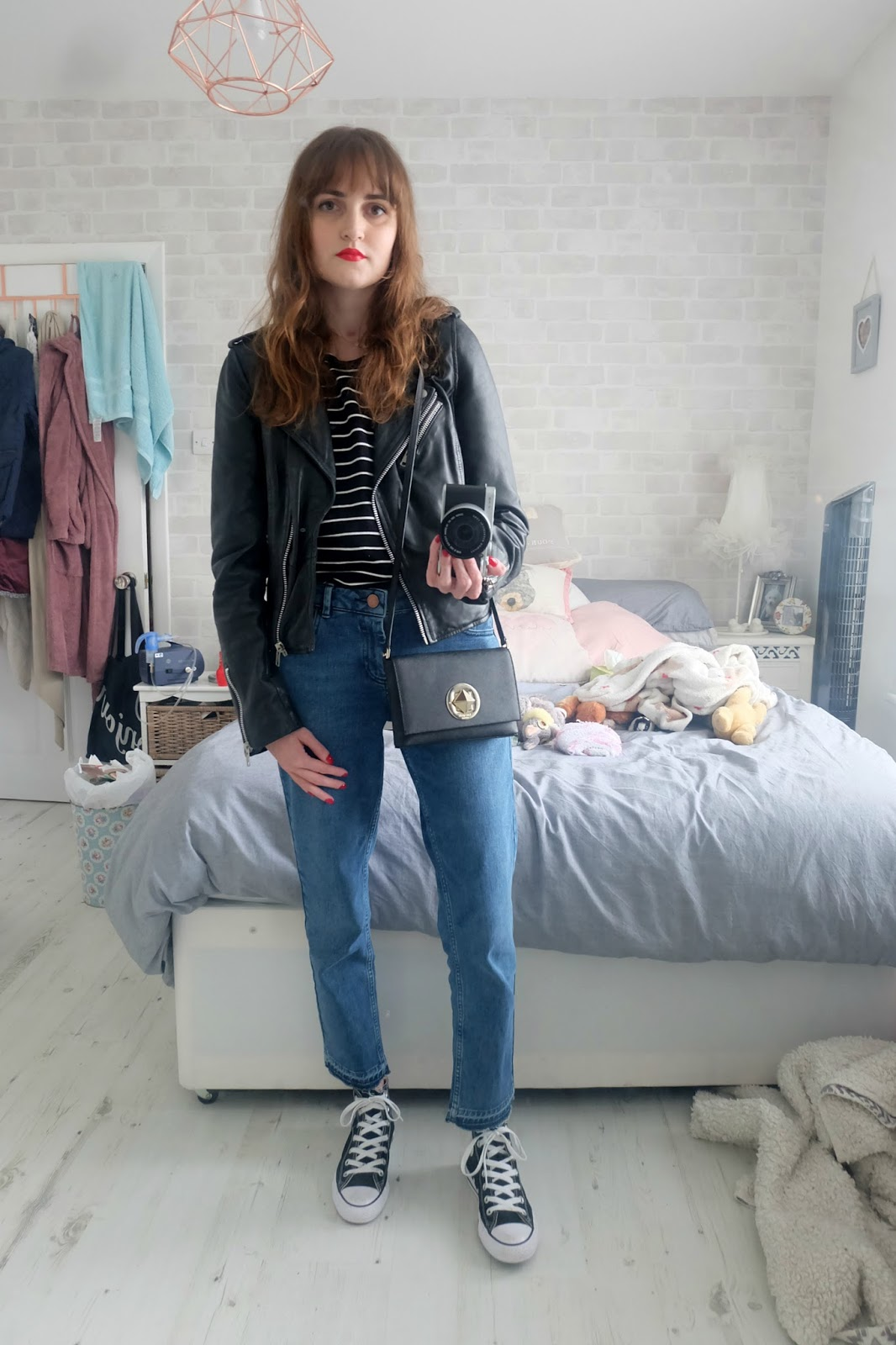 sugarhill boutique Kat top, asos kimmi jeans, kate spade sally bag