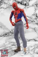MAFEX Spider-Man (Peter B Parker) 31