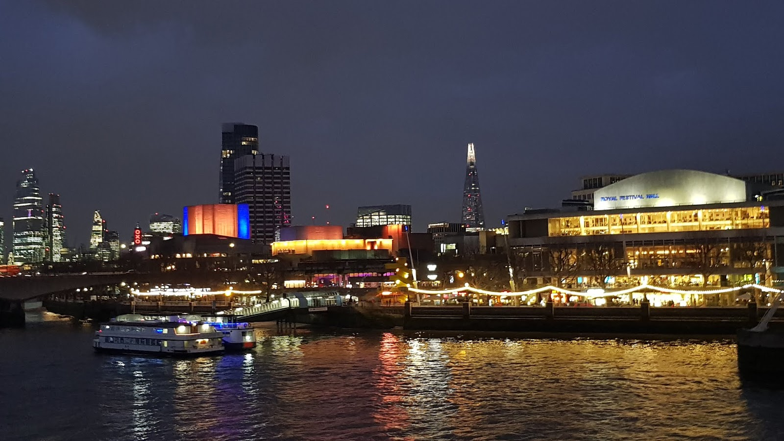 View of London  at night from the Golden Jubilee bridges
