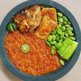 Ide Resep Masak Ayam Penyet dan Tempe Penyet