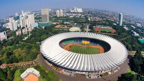 Cara Naik KRL Commuter Line ke Stadion Utama Senayan