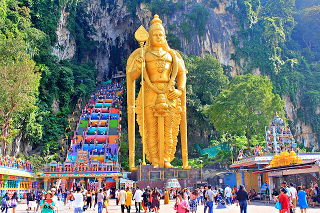 Visiting Batu Caves with Cebu Pacific