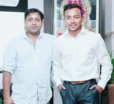 prithvi shaw with her father