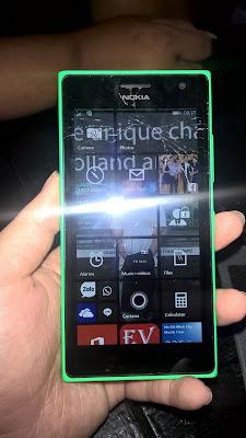 Địa chỉ thay mặt kính Lumia 730 uy tín